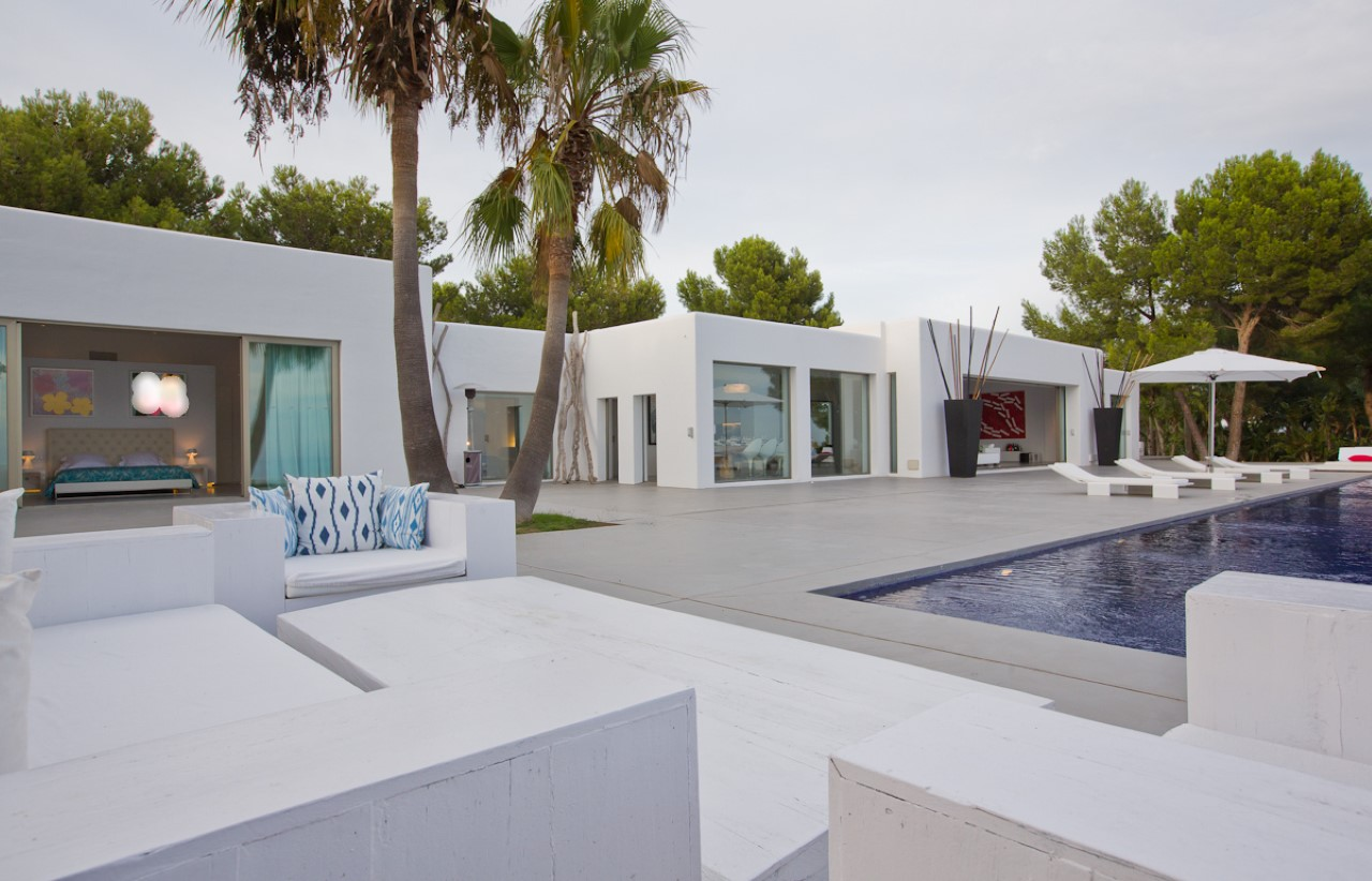 Bed Ibiza Villas For Rent
