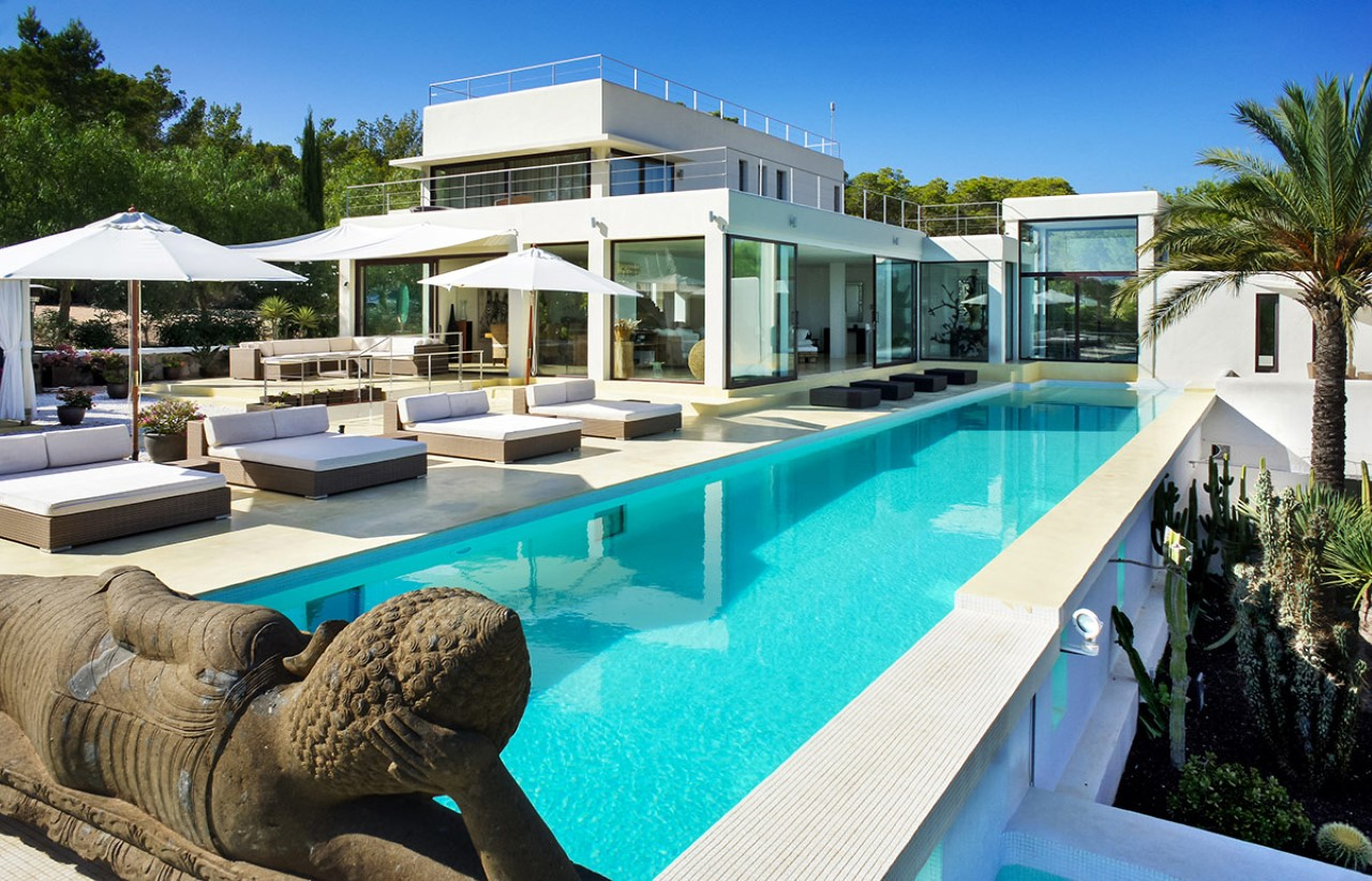 Villa serjondal for rent in ibiza ibiza vip area for Villas ibiza